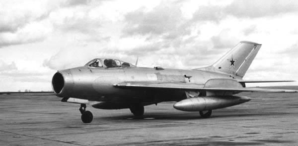 Миг-5. фото, история, характеристики самолета.