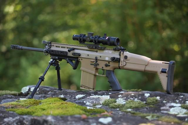Штурмовая винтовка fn fnc