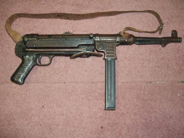 Читать онлайн книгу пистолет-пулемет mp 38/40. оружие германской пехоты - с. иванов бесплатно. 1-я страница текста книги.