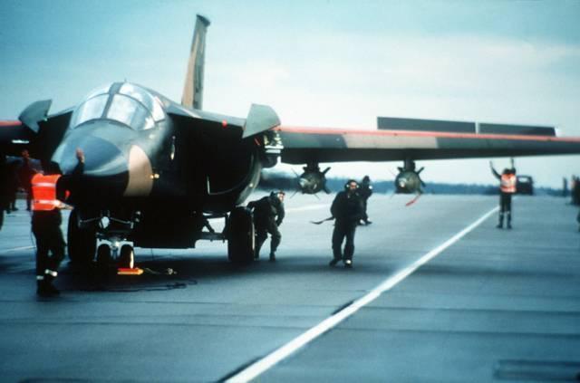 General dynamics f-111 — википедия. что такое general dynamics f-111