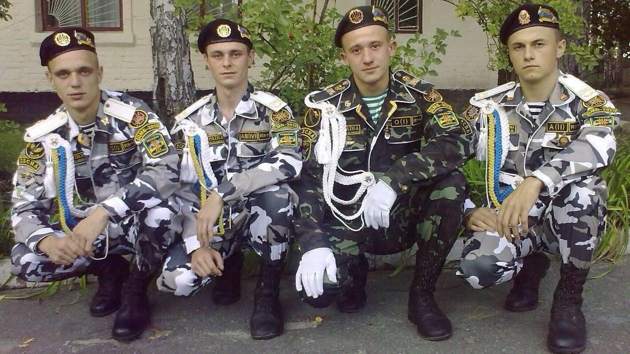 Дембельская форма в России и за рубежом