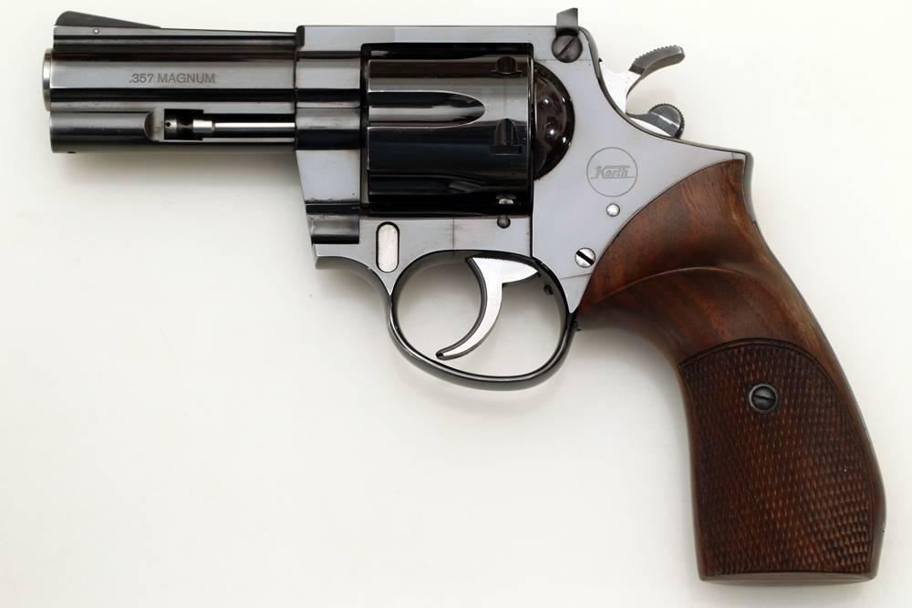 Револьвер Korth Combat
