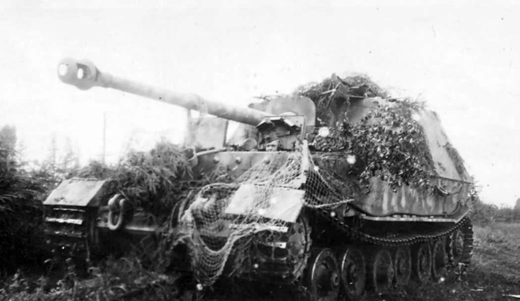 Пять самых мощных танков и сау в курской битве | 42.tut.by
