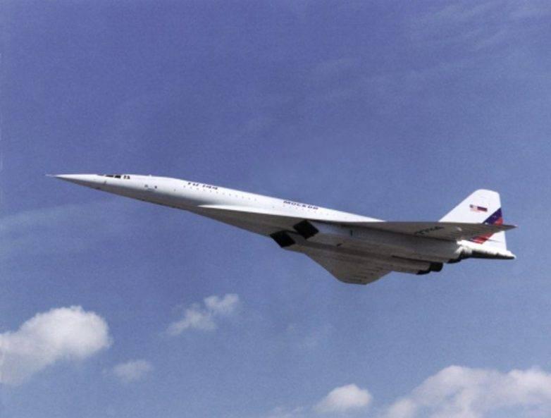 Самолет ту-144 опередил свое время, но стал ненужным. фото