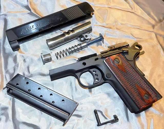 Пистолет Colt New Agent