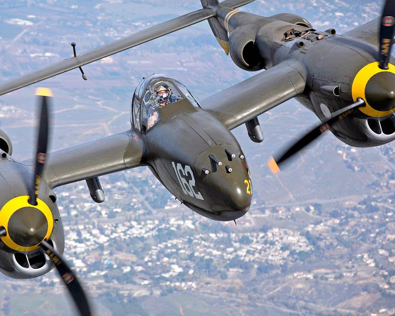 "P-38 ""lightning"""