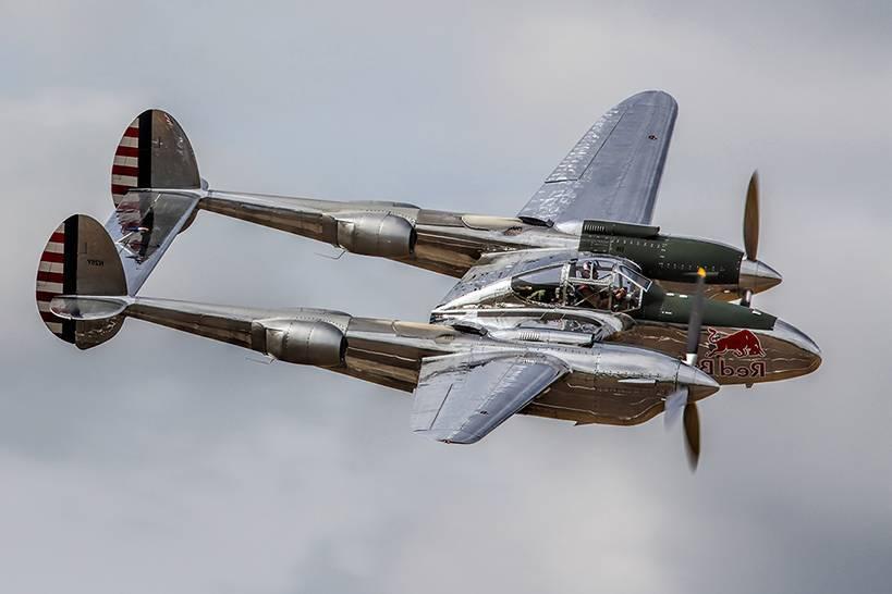 P-38 lightning авиакомпании lockheed