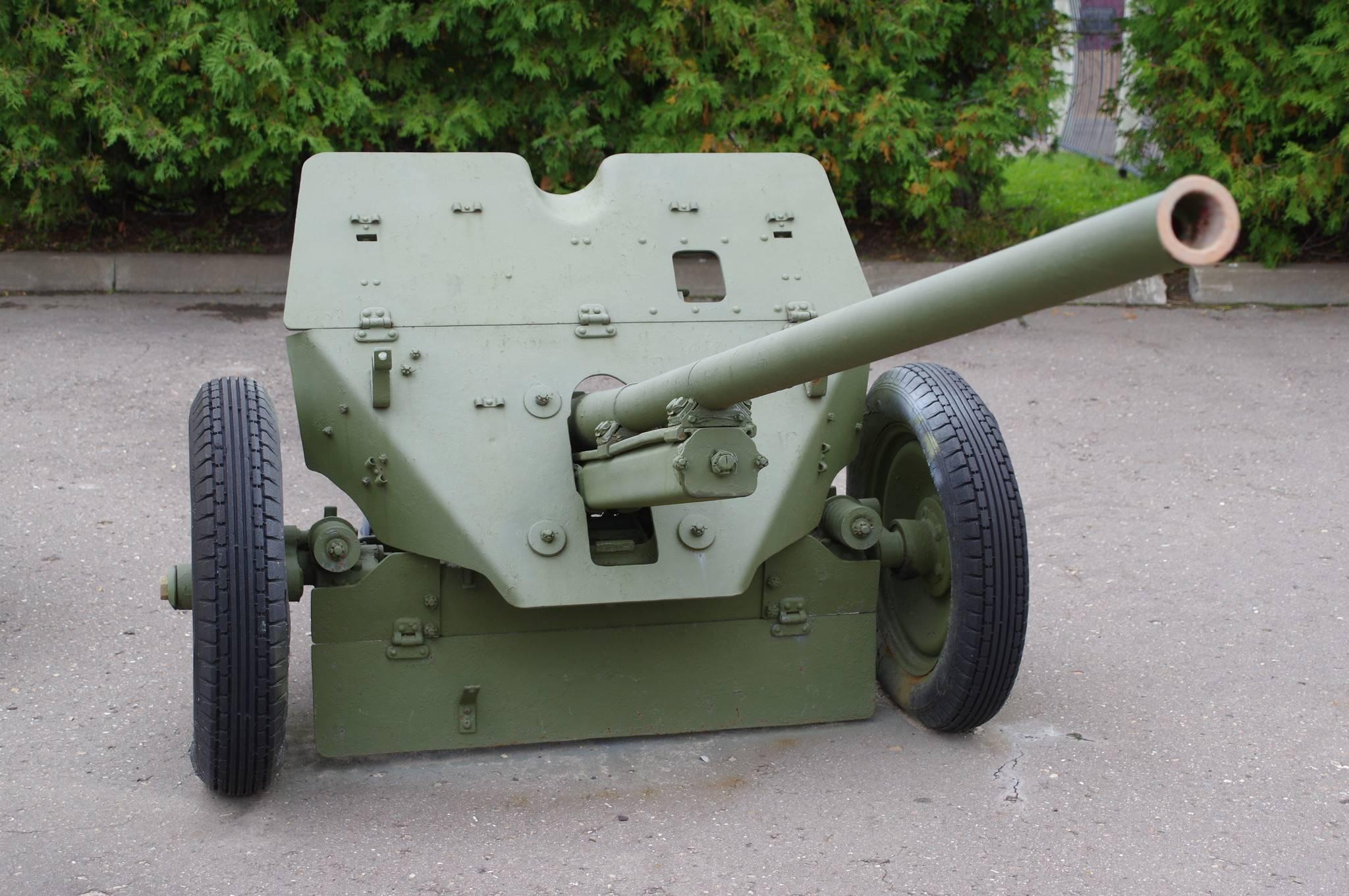 45-мм противотанковая пушка образца 1942 года (м-42) ²