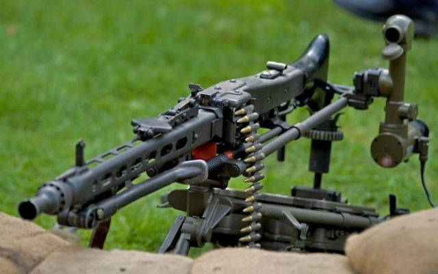 Немецкий единый пулемёт mg-42 - стрелковое оружие - военная техника - каталог статей - персональный сайт
