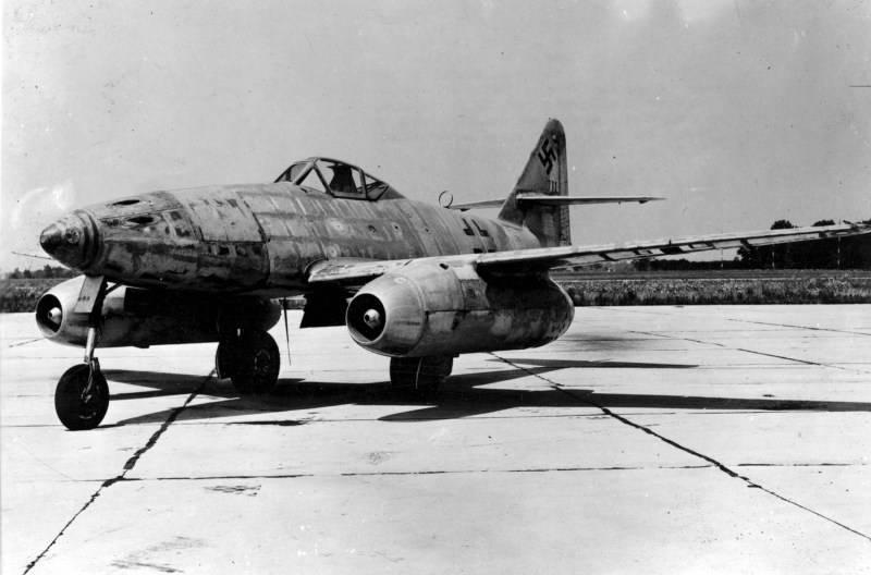 Истребитель «мессершмитт» me-262