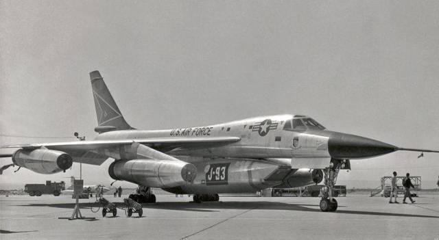 Convair b-58 hustler википедия
