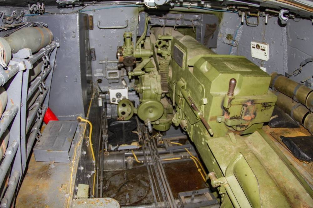 Юрий пашолок. су-152. из штурмовых сау – в истребители танков