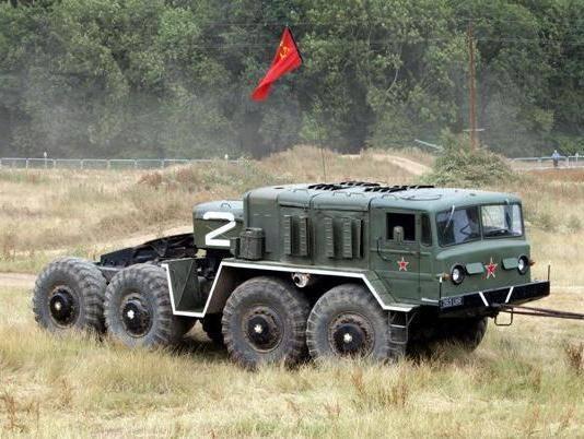 Маз 537 - внедорожный военный тягач советского периода