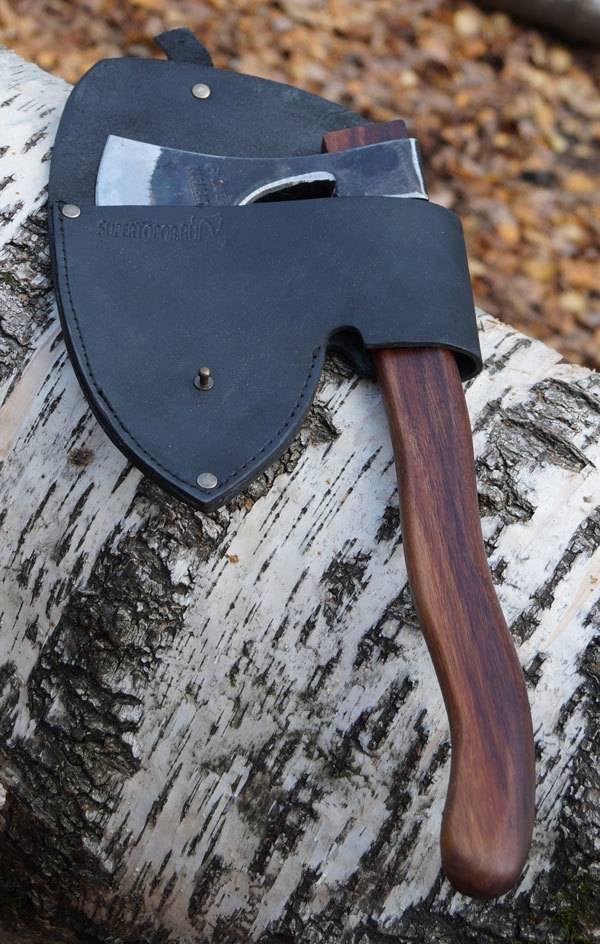 Кованый топор – главное оружие и помощник человека