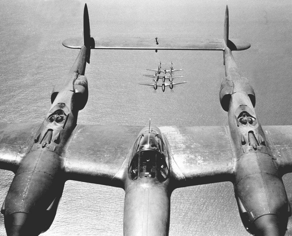 Истребитель-бомбардировщик lockheed martin f-35 lightning ii