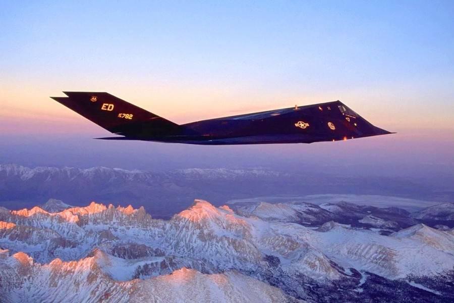 Lockheed f-117 nighthawk — википедия