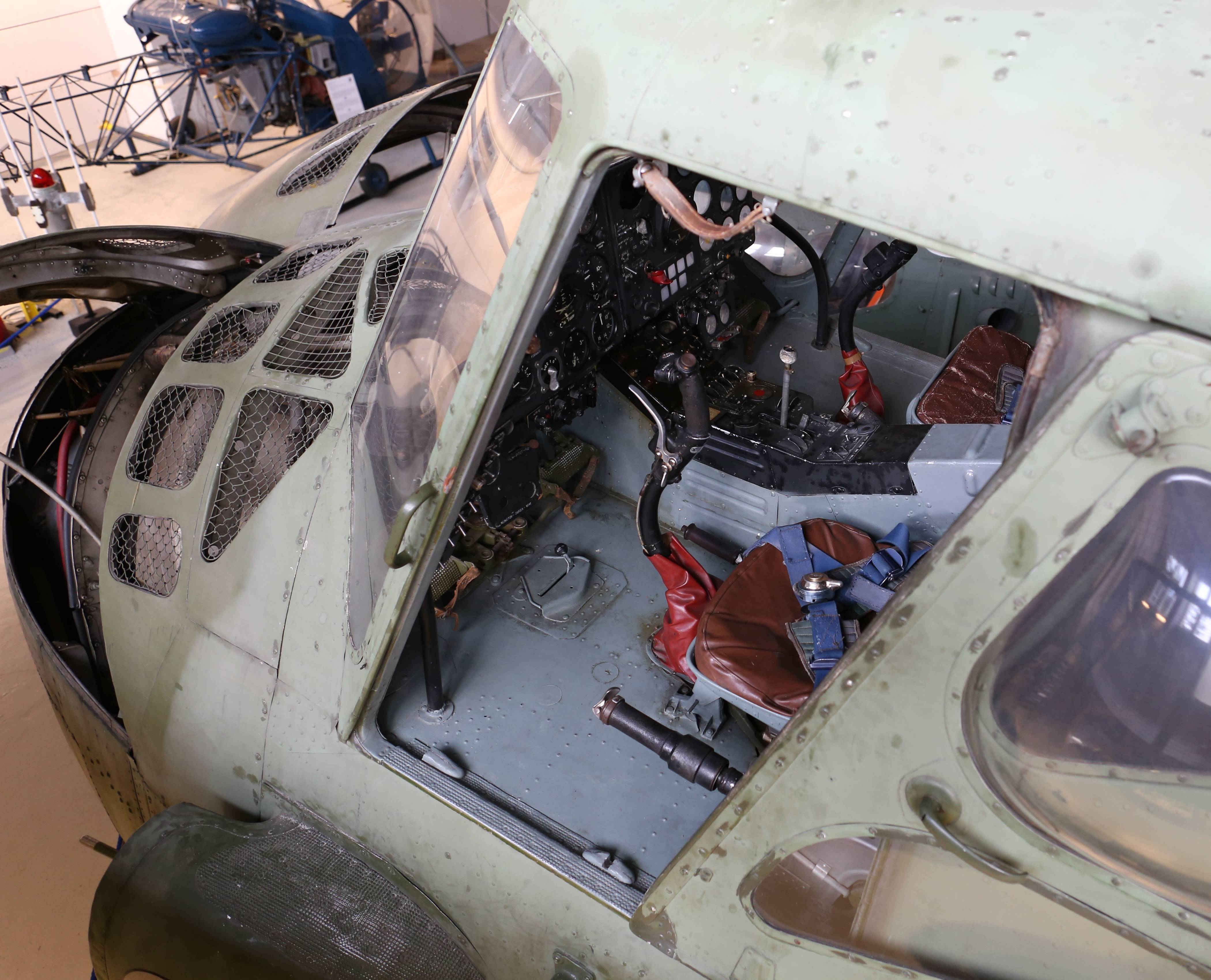 Требования к вертолетам: строение, недостатки и преимущества вертолетов