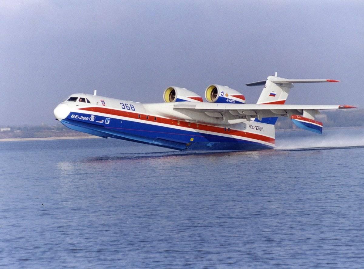 Многоцелевой реактивный самолет-амфибия бе-200 (бе-200чс)