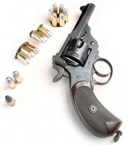 Револьвер «webley»