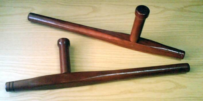 Тонфа – оружие или сельскохозяйственный «костыль хромого Ли»