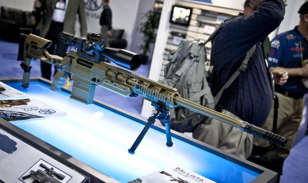 Винтовки fn fal и fn scar,  – одни из самых популярных современных боевых винтовок
