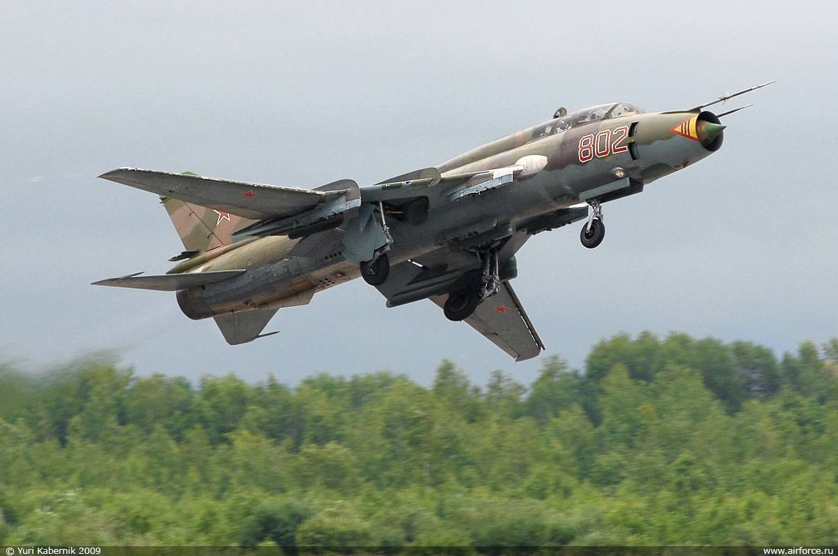 Сухой су-22. фото. характеристики. история