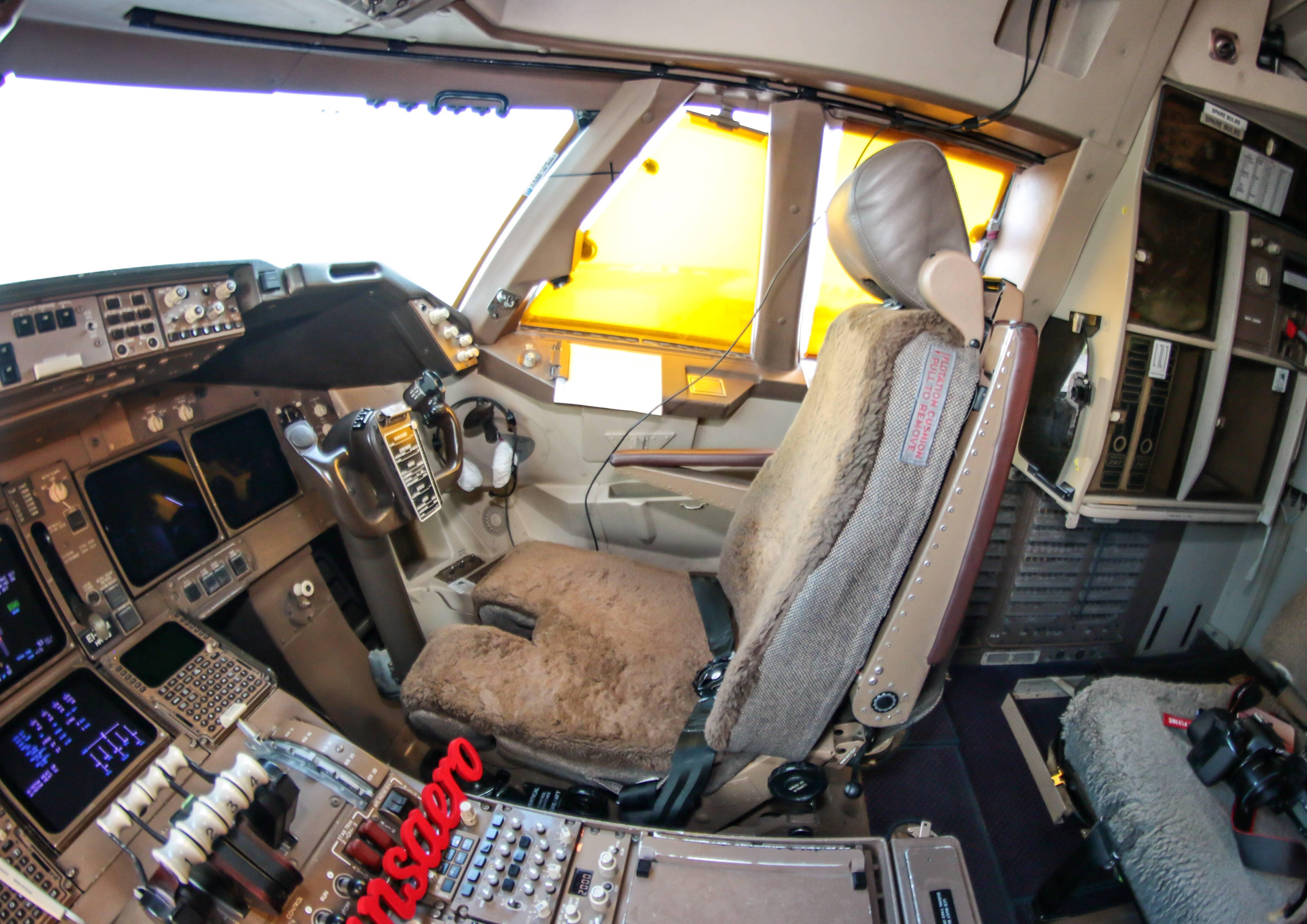 Боинг 707 — схема салона