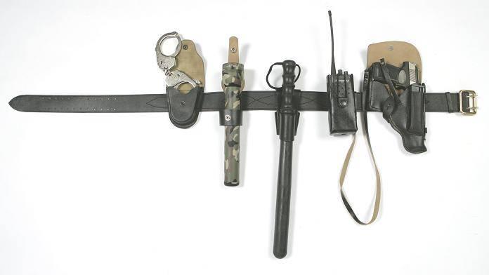 Использование наручников частными охранниками (110375). использование наручников наручники как правильно называются