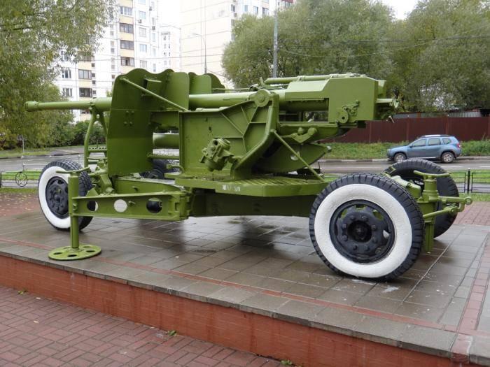100-мм зенитная пушка кс-19 ²