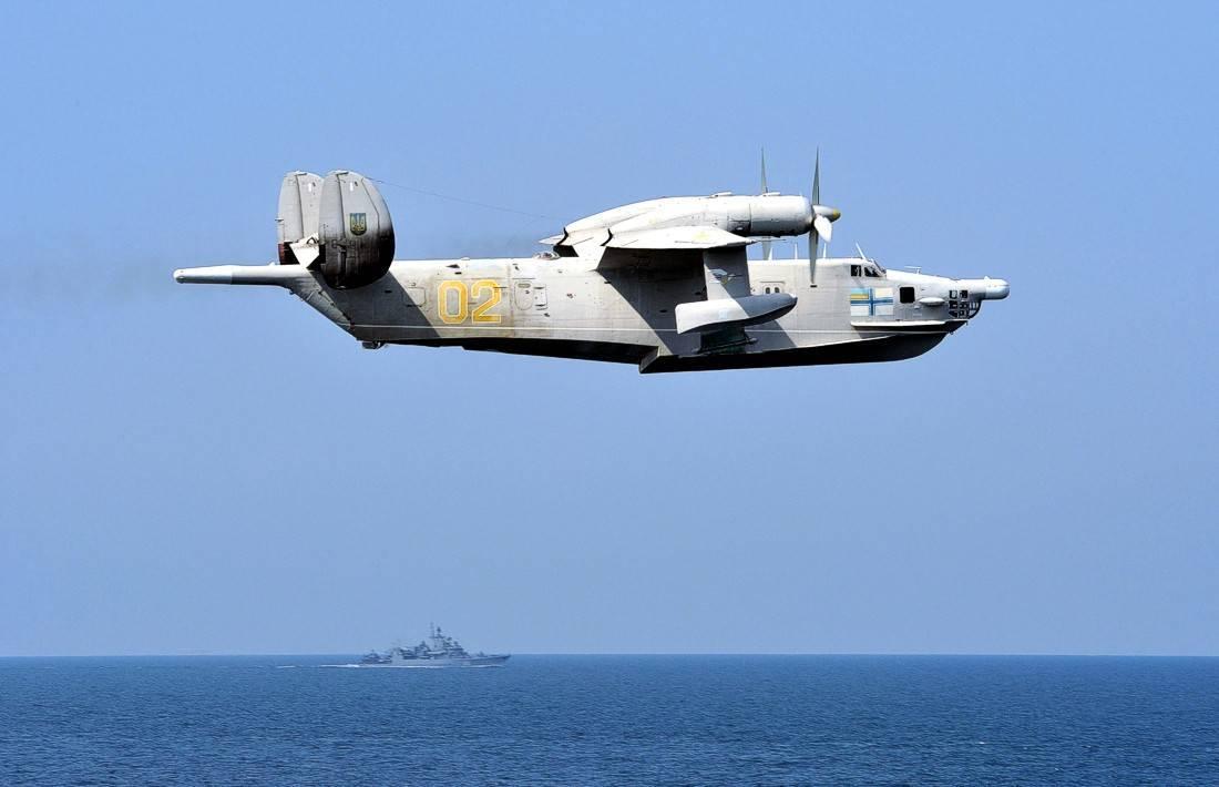 Многоцелевой самолет-амфибия бе-8. ссср
