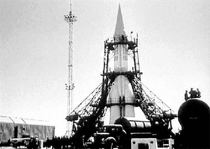 Первая космическая ракета: фото, видео