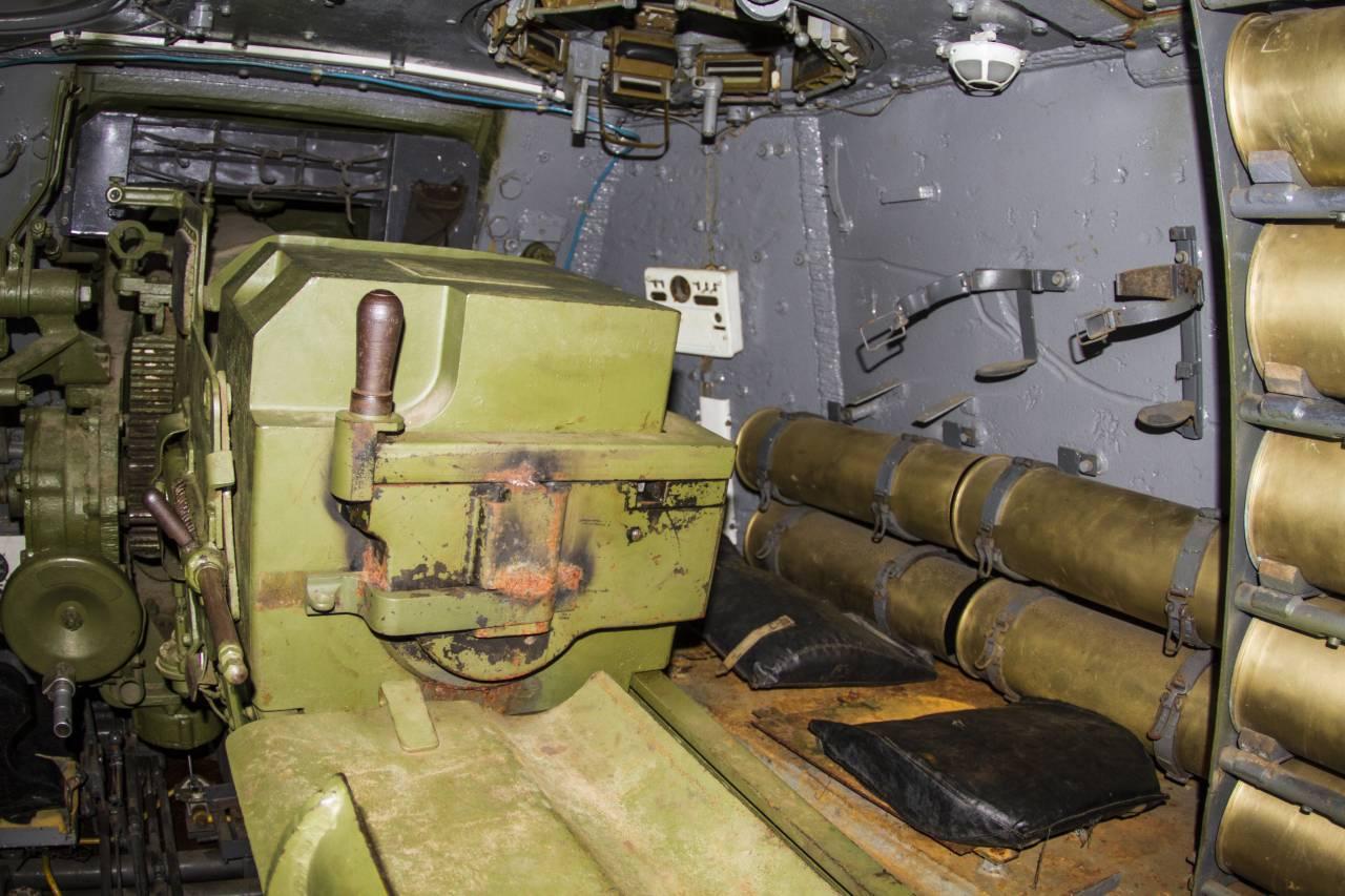 Самоходная артиллерийская установка «гвоздика»: история создания, описание и характеристики