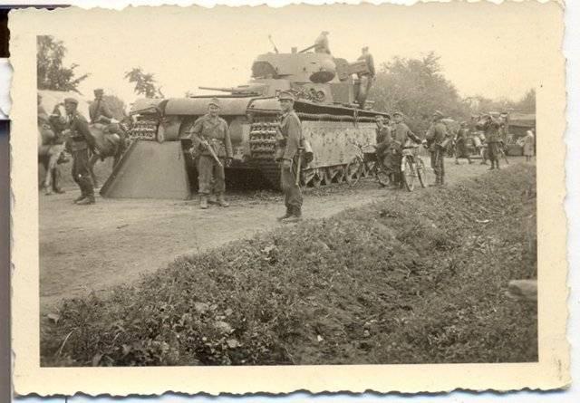Броня крепка итанки наши быстры... советский средний танк т-28   (53фото+3видео)