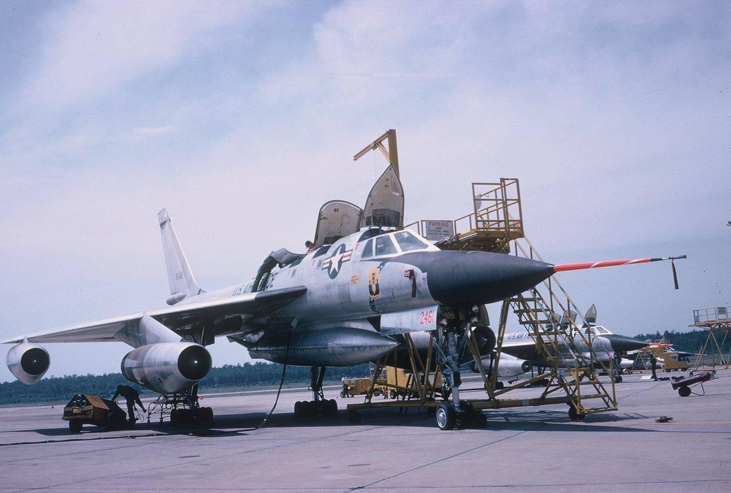 Convair b-58 hustler - вики