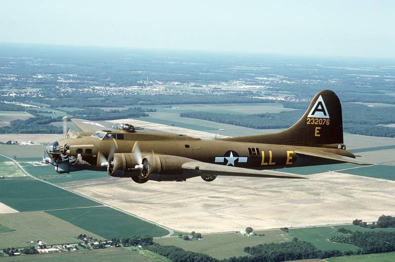 Boeing b-17 flying fortress - вики