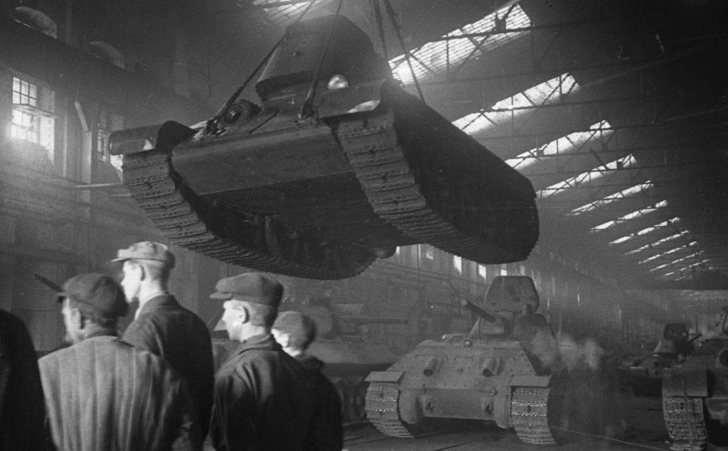 Т-34: путь к победе. воспоминания танкостроителей и танкистов
