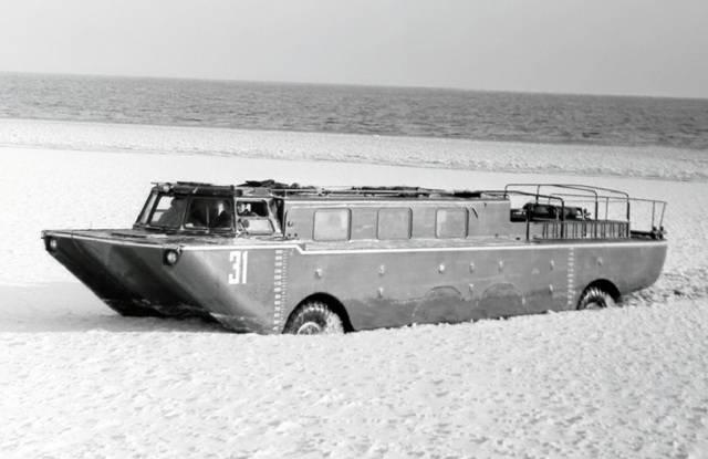 Зил-135: автомобиль-монстр созданный для войны (6 фото)