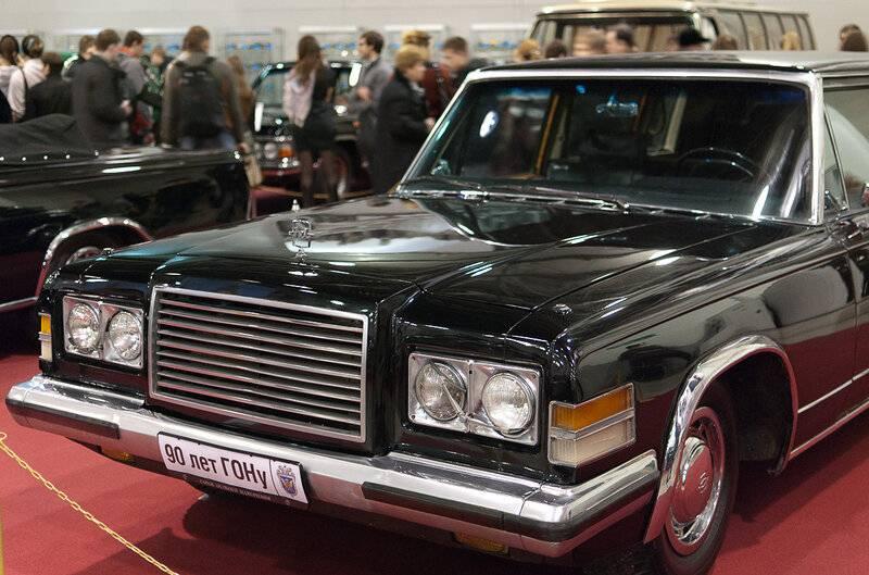 Советский правительственный лимузин зил-41047