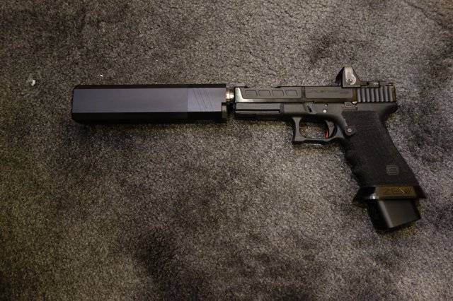 Пистолеты и револьверы австрии