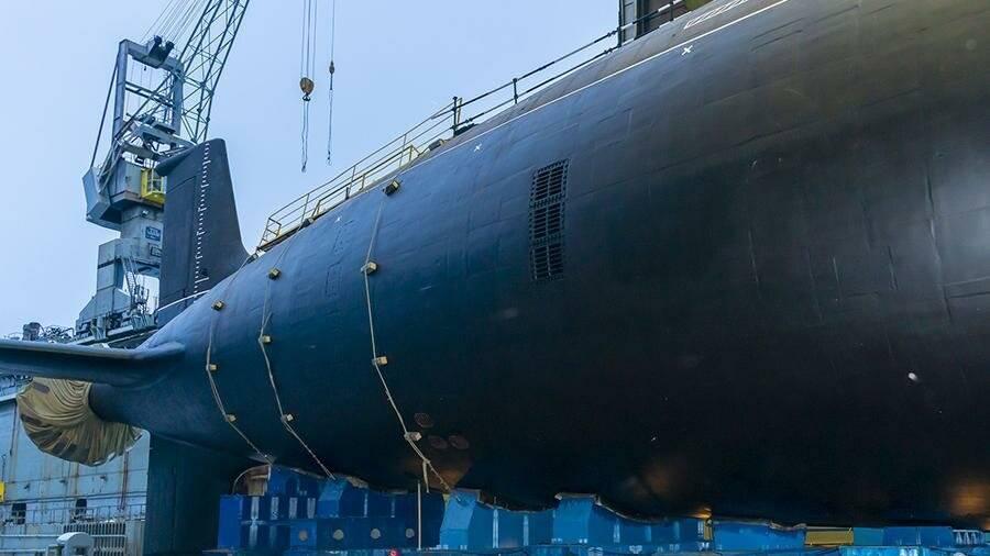 Форменное разнообразие: подводные лодки «ясень» меняют внешний вид | статьи | известия