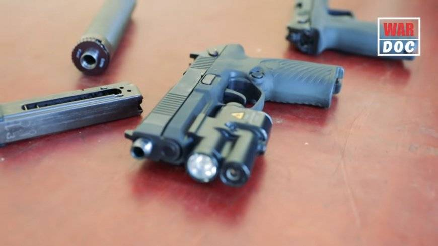 """Секреты """"удава"""". разработчик об уникальном пистолете, способном пробивать бронежилеты"""