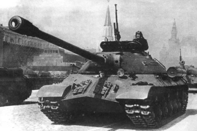 Ис-7 — советский опытный тяжелый танк
