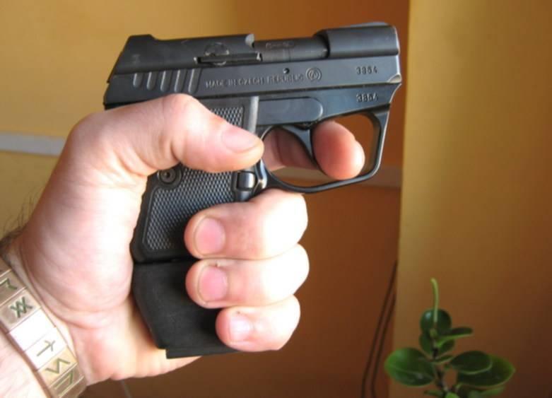 Компактный травматический пистолет WASP R для эффективной самообороны
