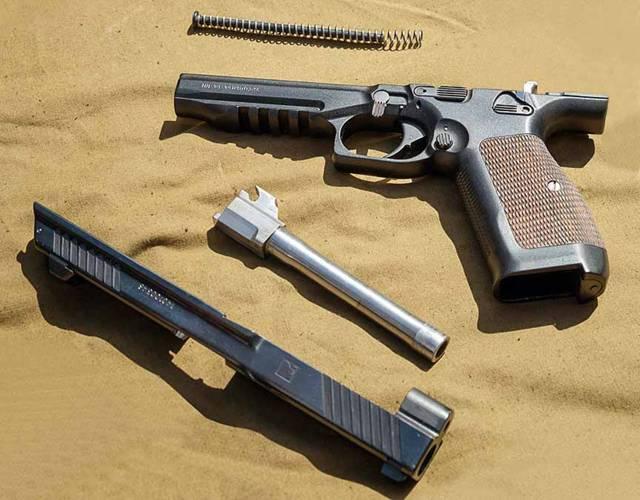 Новый «гадкий утёнок»: ожидания иреальность пистолета лебедева