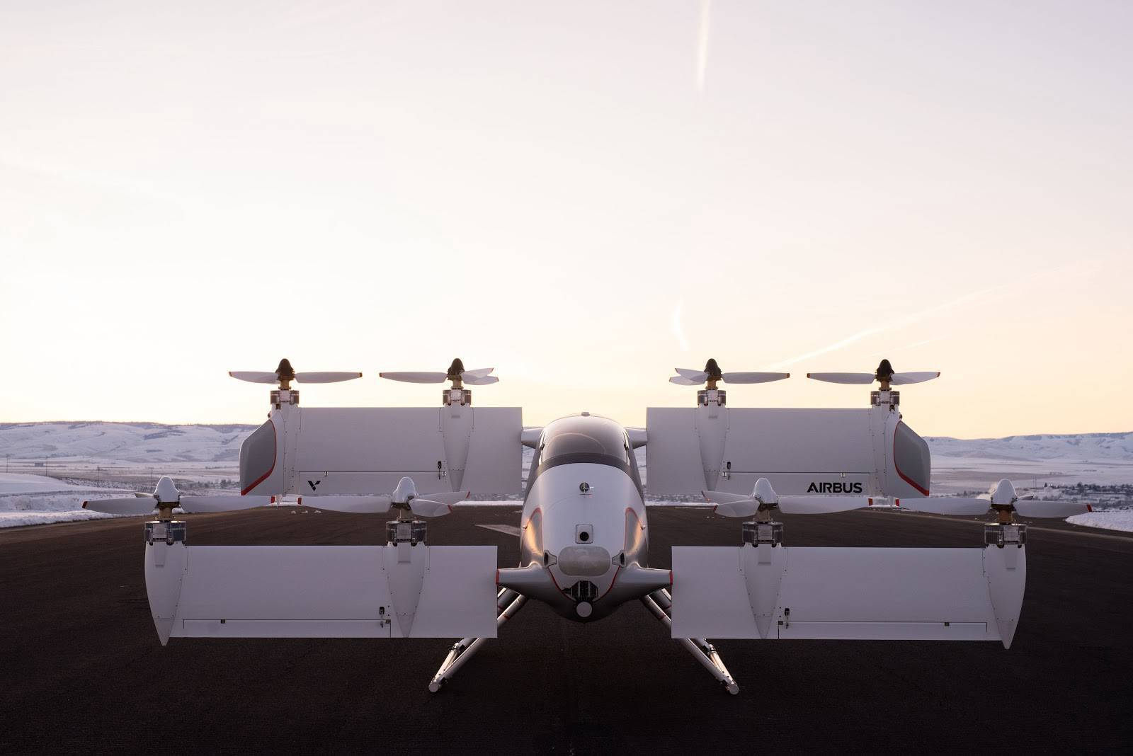 Как беспилотные самолеты связаны с воздушными перевозками будущего?