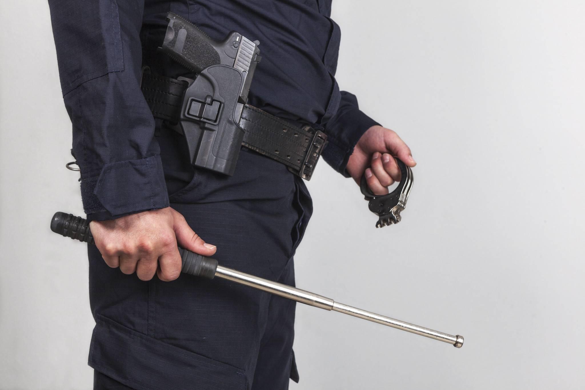 Как применять наручники? (учебный материал) - полезные советы - 2020