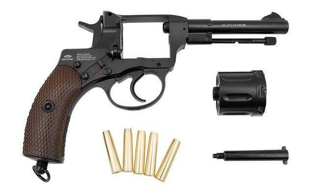 Читать онлайн самозарядные пистолеты страница 192
