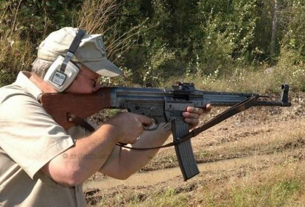 Штурмовая винтовка sa-80 (l85a1)