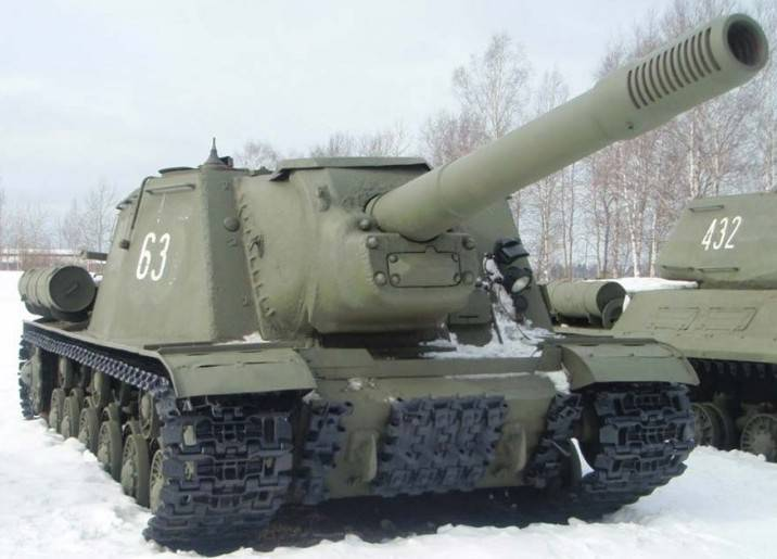 САУ СУ-152 «Зверобой»: история создания, описание и характеристики