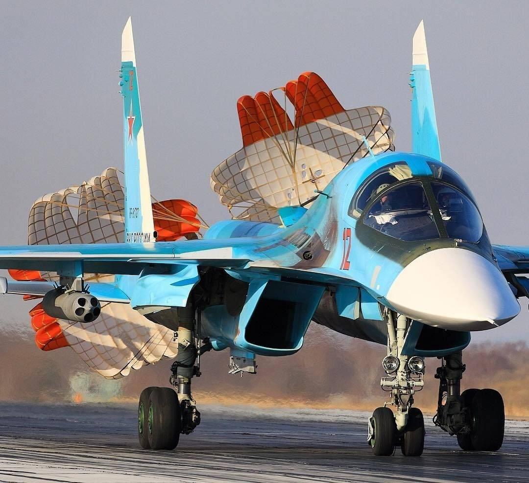 """По прозвищу """"утенок"""". за что российский су-34 считают лучшим истребителем-бомбардировщиком - впк.name"""